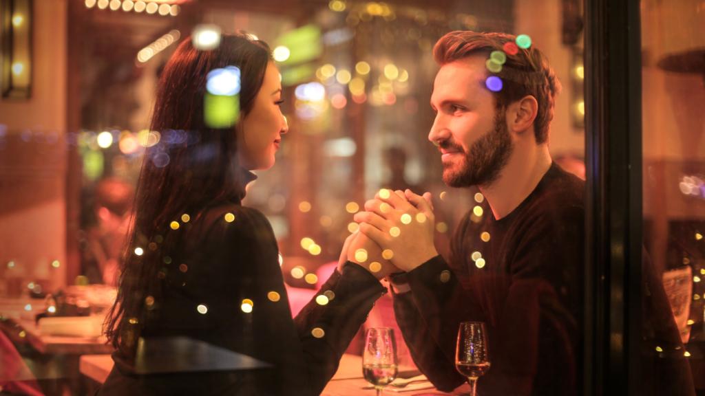 7-sugestões-de-presentes-para-sua-namorada-ou-esposa-jantar