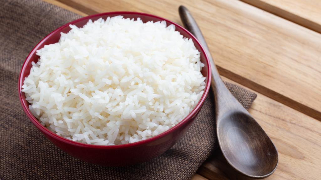 5 curiosidades sobre o arroz e como fazê-lo soltinho