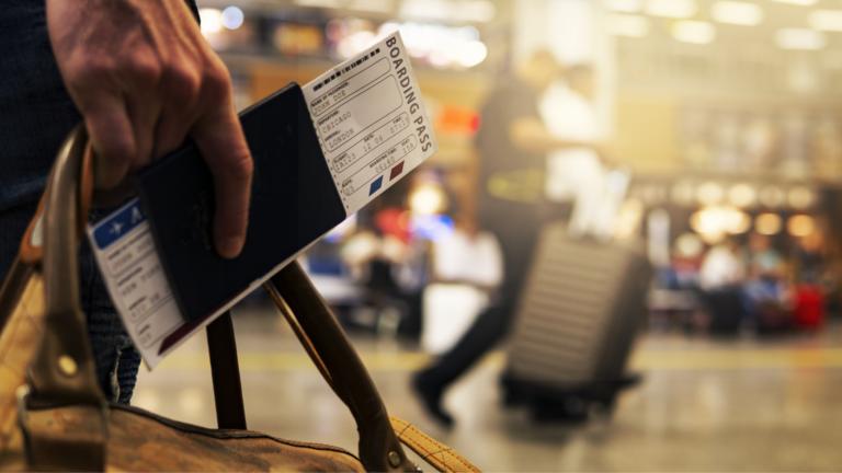 Erros-comuns-em-viagens-de-avião-e-como-evitar