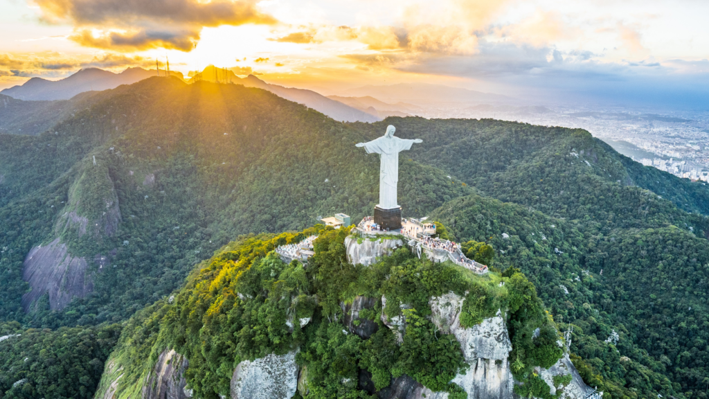 Fatos-que-você-não-sabia-sobre-o-Brasil-capital-de-portugual